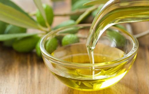 Italian Extra Virgin Olive Oil (EVOO)